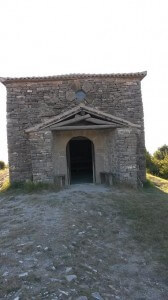 Vista frontal de la ermita de San Benito de Orante