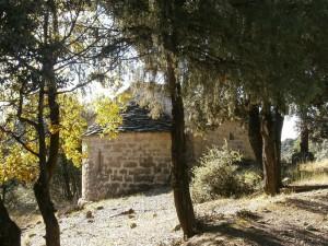 Llegando a la ermita de La Tobeña
