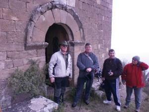 Junto a la puerta de entrada a la ermita de Ntra. Sra. del Congost