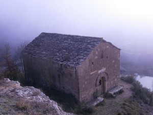 Ermita de Ntra. Sra. del Congost, camino ya de la torre de vigilancia o defensiva de Chiriveta o de Mongai