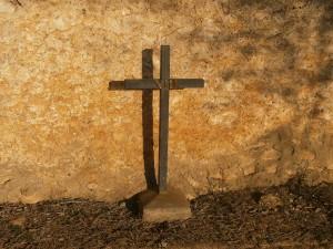 """Laluenga. Señal de """"Vía Crucis"""""""