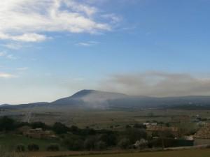 """Nueva vista del """"Plá"""" y el monte de San Quilez al fondo"""