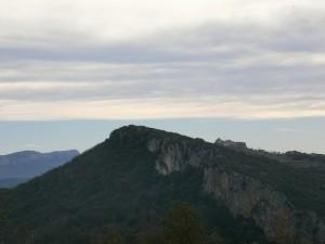 """Subiendo a """"Purroy viejo"""", una vista del pueblo de Pilzán"""