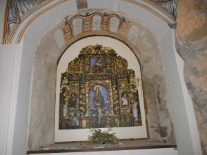 Ermita de La Espelunga. El retablo es una copia del original