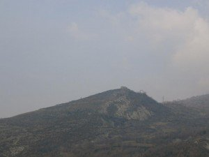 Desde Pardinella, vista de la ermita de San Sadurní