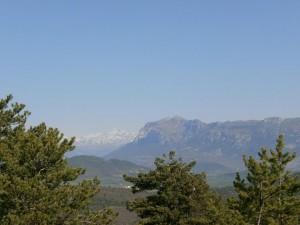 Peña Montañesa y Monte Perdido al fondo