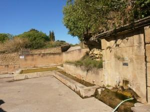 Salas Bajas. Fuente, abrevadero y lavadero