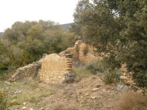 Camino de Bierge. Ruinas de un antiguo aprisco