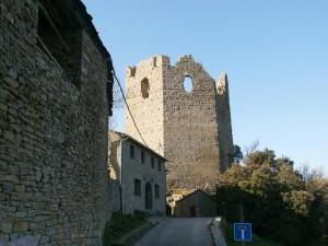 Troncedo. Torreón del antiguo castillo
