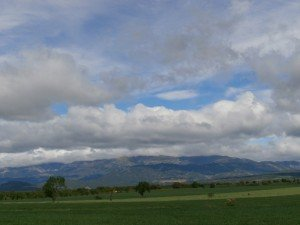 Camino de Adahuesca, una vista de Guara