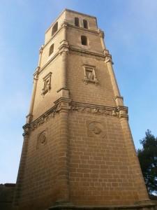 Pertusa. Torre exenta de la iglesia