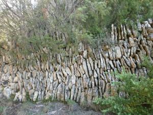 Cheto. Origina muro en piedra seca
