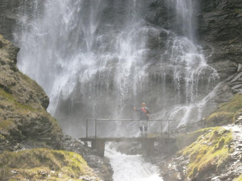 Ruta de las tres cascadas, entre Cerler y Benasque