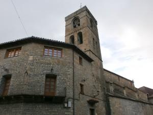 Boltaña. Torre de la iglesia de San Pedro