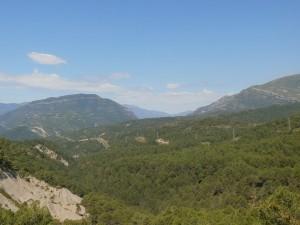 Camino de San Vicente. Al fondo Congosto de Jánovas