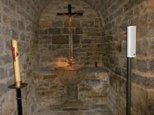 San Vicente de Labuerda. Iglesia S.Vicente. Pila bautismal