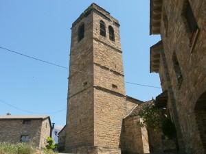 El Pueyo de Araguás. Torre campanario