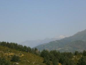 Desde Santa Lucía, al fondo Posets y los picos de Eriste