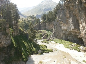 Interior de la dolina del Forau d'Aiguallut