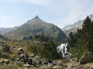 La Tuca d'Aiguallut y la cascada de agua