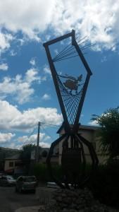 Laspaúles. Monumento a las brujas
