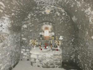 Cerler. Interior ermita San Pedro Mártir