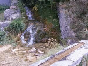 Biescas. Ermita de Santa Elena. Fuente La Gloriosa