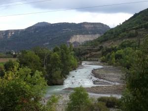 Río Ésera. Camino de Besians