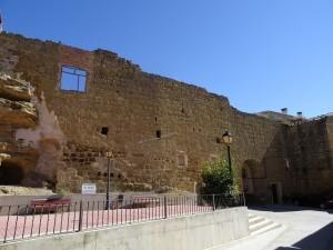 Antillón. Antiguas murallas