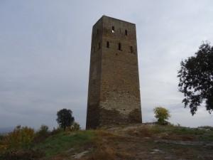 Luzás. Torre del castillo