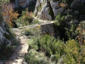 Alquézar. Puente barranco Payuela