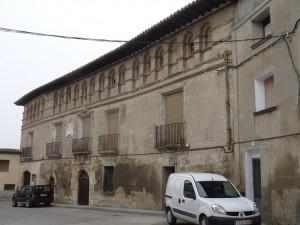 Fonz. Casa-Palacio Barones de Valdolivos