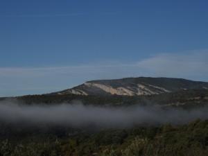 Cerro y abrigos de Quizáns