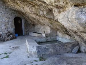 Serraduy. Antiguos lavaderos y abrevadero