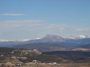 Camino de San Quílez. El Turbón en primer plano