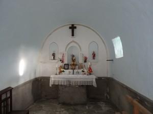 Güel. Interior iglesieta Casa Solano