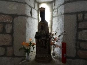 Güel. Virgen de las Rocas