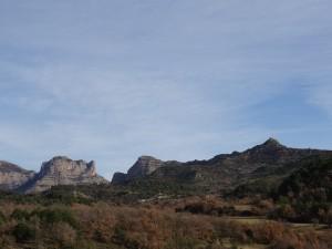 Sierra de Sis y ermita El Tozal, desde El Villar