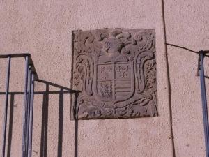 Sasa del Abadiado. Escudo de Armas de los Allue