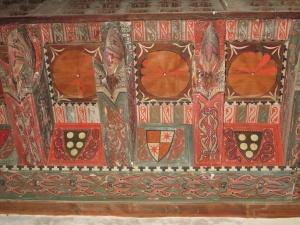 Ermita San Román de Castro. Motivos decorativos en el alfarje