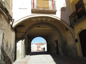 Fonz. Arco de Casa Codera