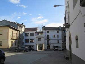 Tierrantona. Plaza