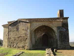 Adahuesca. Ermita de Treviño
