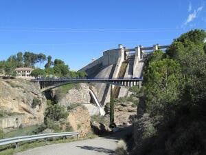 Puente sobre el Cinca y Presa de El Grado