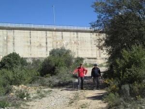 Subiendo a la presa de El Grado, por el Poblado