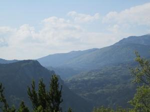Camino de Seira. Al fondo Gabás
