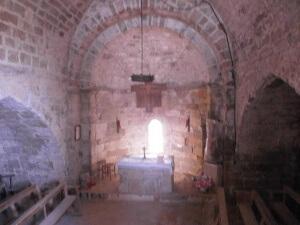Calasanz. Interior ermita de San Bartolomé