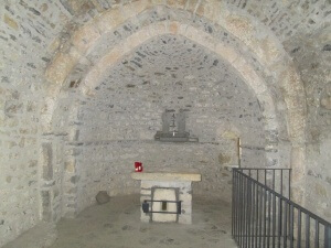 Tella. Interior San Juan y San Pablo