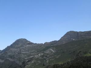 Paso del Portillón entre los picos de Salbaguardia y La Mina