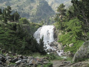 Cascada en el Forau d'Aiguallut